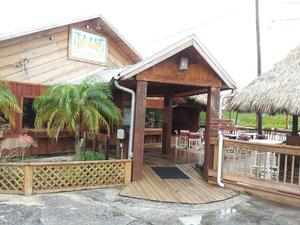 Jack Willie's Bar, Grill, and Tiki